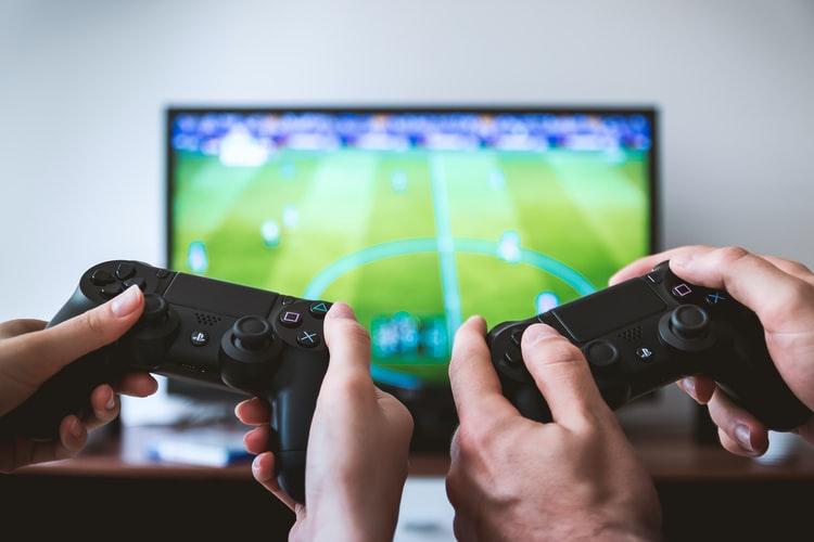スマホ・iPhone と PS4 コントローラーの接続方法